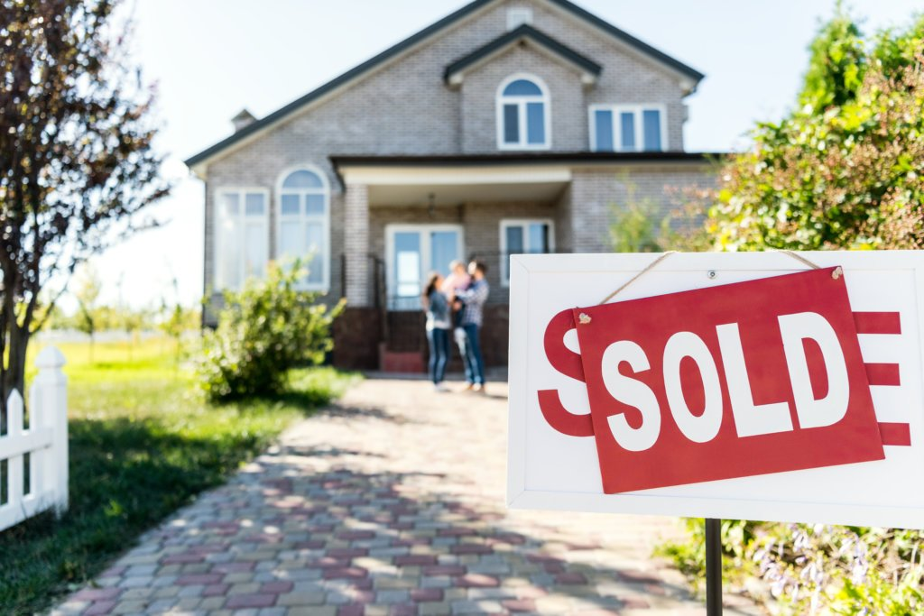 how long does it take to flip a house from beginning to sold